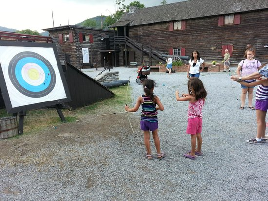 The Fort William Henry Museum & Restoration: Archery fun at the fort.