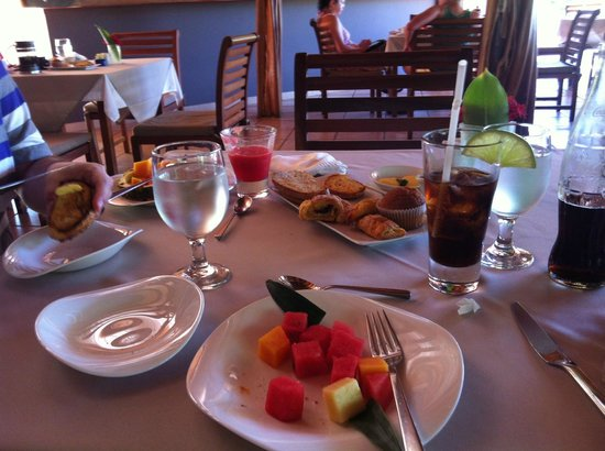 Cala Luna Luxury Boutique Hotel & Villas: Breakfast