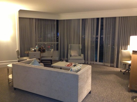 Fontainebleau Miami Beach: Tresor 1 bedroom suite
