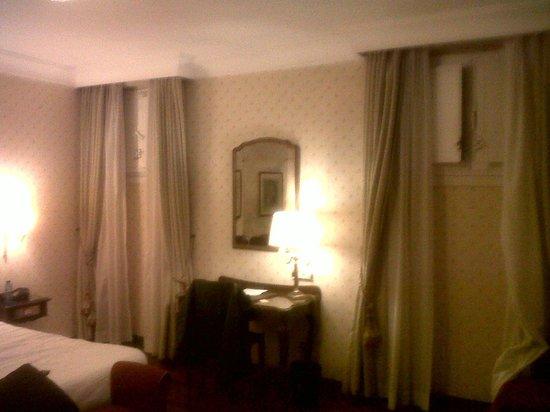 Hotel Stendhal: Esta es la habitación del Hotel que te envían, da vergüenza 