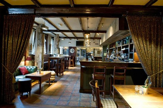 Baslow, UK: Bar