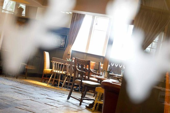 The Devonshire Arms: Bar Dining