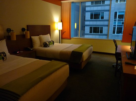 La Quinta Inn & Suites Chicago Downtown: La chambre