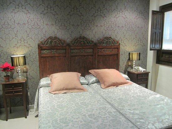 Casa Baños de la Villa: La habitación