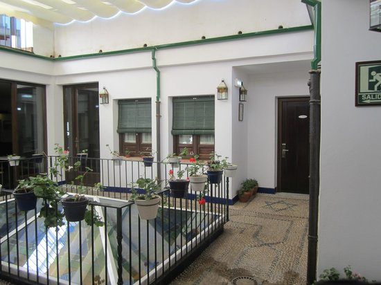 Casa Baños de la Villa: El patio interior