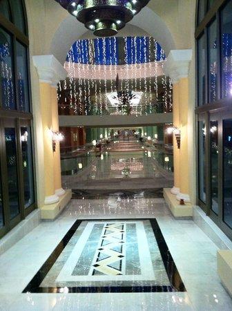 Iberostar Grand Hotel Paraiso : Entrance to the main bldg suites