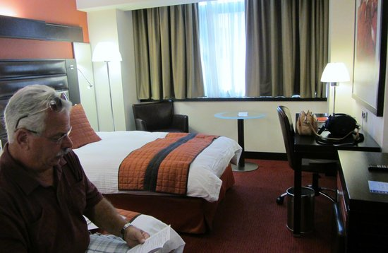Crowne Plaza Hotel - Athens City Centre: comfortable room