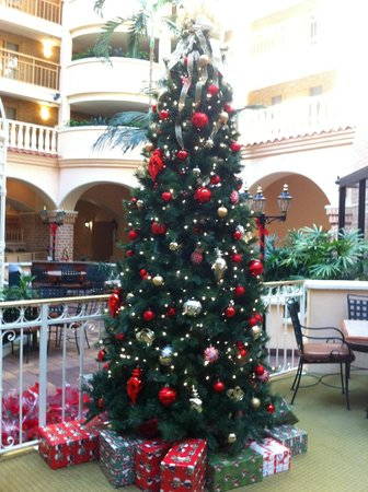 Embassy Suites by Hilton Orlando - International Drive / Convention Center: Atrium Area