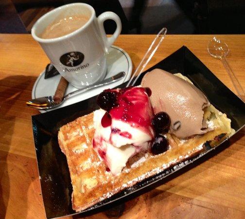 Amorino : Waffles with Amarena and Cafe gelatto