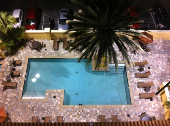 Embassy Suites by Hilton Orlando - International Drive / Convention Center: Outdoor Pool