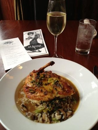 La Rambla Restaurant & Bar: Garlic rubbed pan-roasted chicken breast