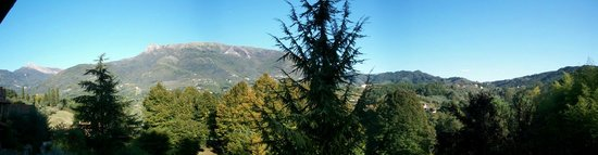 Agriturismo Il Cerro : scorcio sulle apuane
