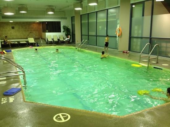 Delta Hotels by Marriott St. John's Conference Centre: la piscine