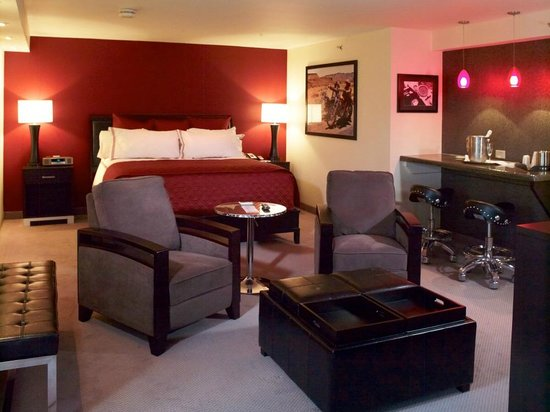 Grand Z Casino and Hotel: Easy Rider Suite