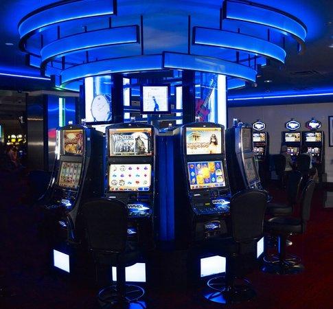 Reserve Casino Hotel: OMG!!
