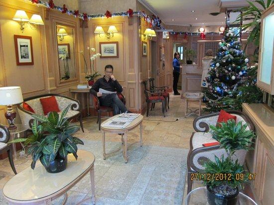 Hotel Astoria: lobby