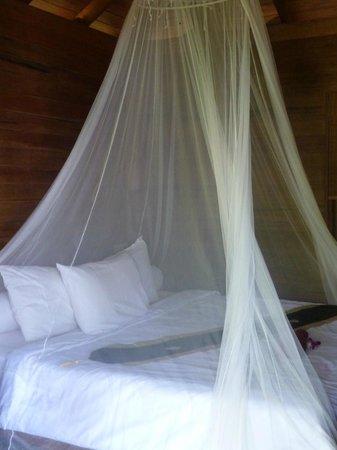 Koh Jum Oonlee Bungalows: Chambre