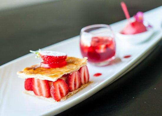 Logis De La Butte: dessert à la fraise