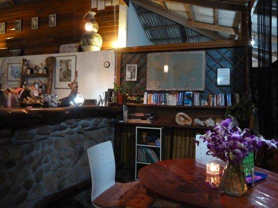 Koh Jum Oonlee Bungalows: Restaurant