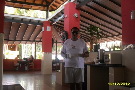 Coche Paradise Hotel Isla Margarita: desayunando