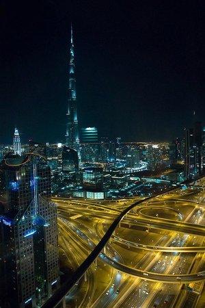 Shangri-La Hotel, Dubai: 'Burj Khalifa'-view from the Horizon Club