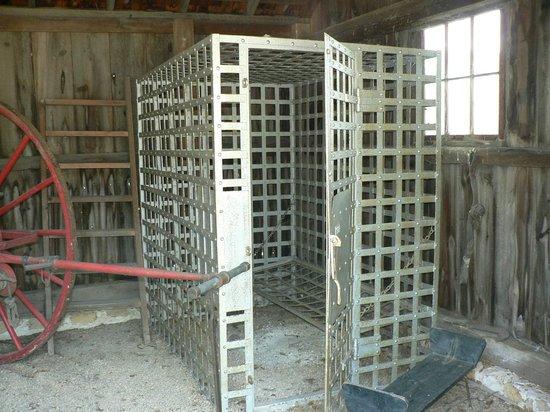 Milton House Museum: Jail cell 