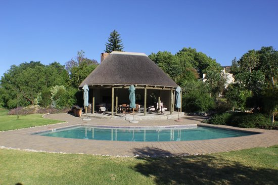 Val d'Or Guest House: Pool