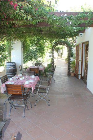 Val d'Or Guest House: Breakfast area