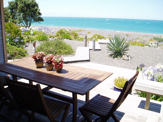 Absolute Beachfront Bed & Breakfast: getlstd_property_photo