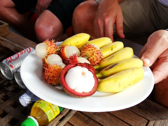 Les Rives by Saigon River Express - Day Tours: Fruit to go along with ham and cheese croissants