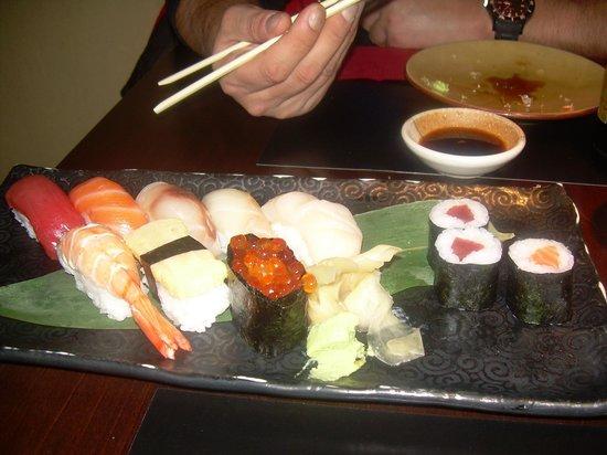 19 Sushi Bar: surtido de sushi