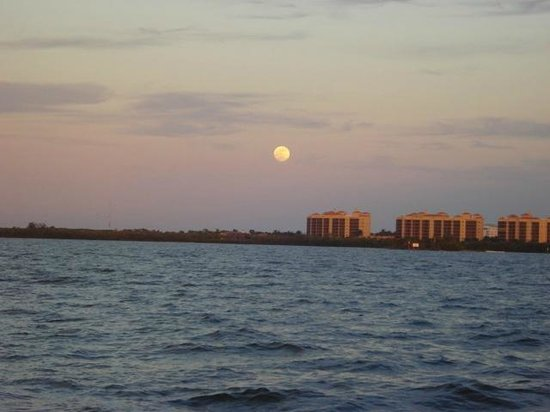 Calusa Queen Excursions: Full Moon After the Sunset