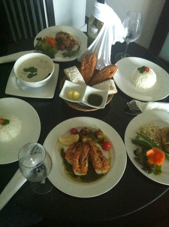 Panwa Boutique Beach Resort: room service