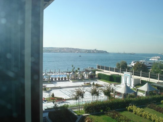 Four Seasons Istanbul at the Bosphorus: View from room of Bospherous
