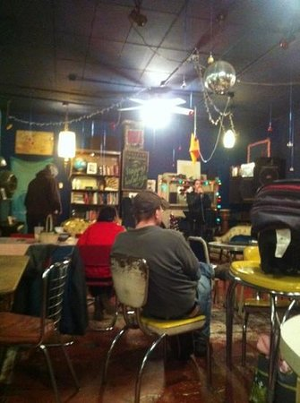 Cooper-Young Historic District: java cabana open mic night