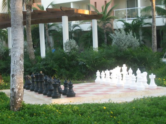 Secrets Royal Beach: chess board on grounds