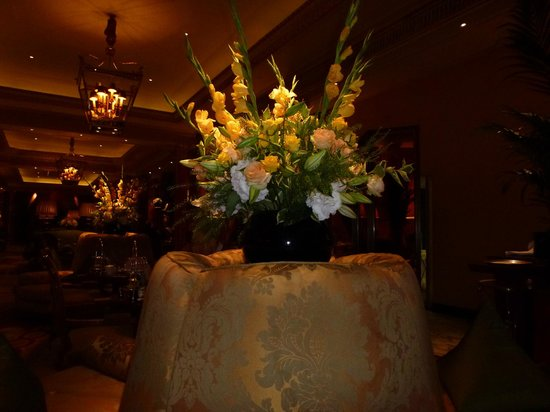 The Dorchester : flowers in lobby