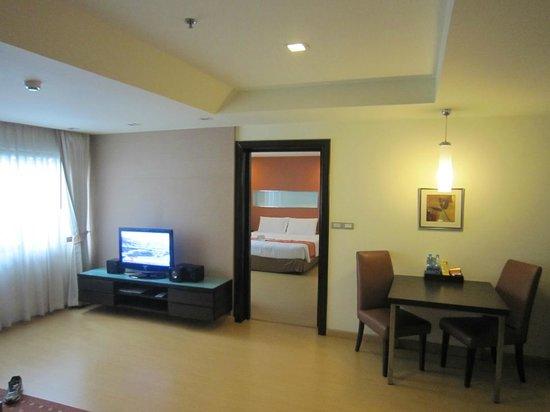Aspen Suites Bangkok: 1 Room Suite