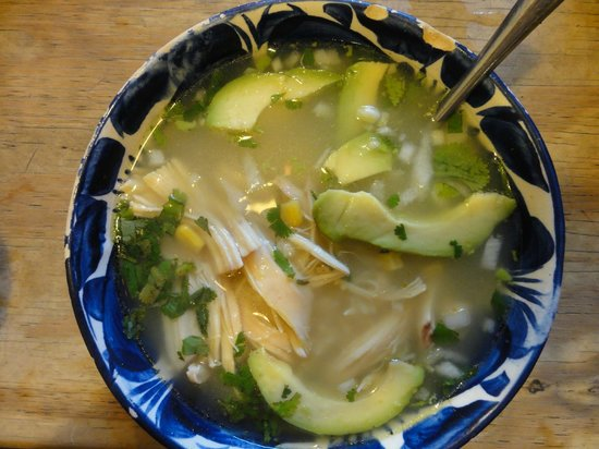El Caldero: chicken soup
