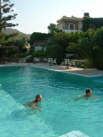 Photo of Hotel Okeanides Siteia