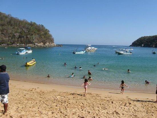 Hotel Castillo Huatulco Hotel & Beach Club: Maguey Beach