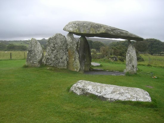 South Wales Personal Day Tours: Pentre Ifan, North Pembrokeshire, West Wales