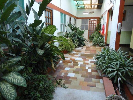 Montezuma Pacific Hotel: Second floor hallway