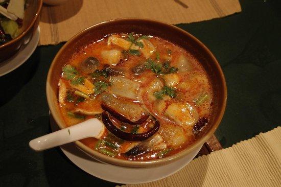 Tom Yum Koong, Salungkham Cuisine