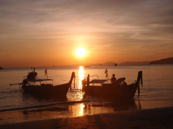 The L Resort Krabi: Sunset on Ao Nang beach (across the street from the hotel)