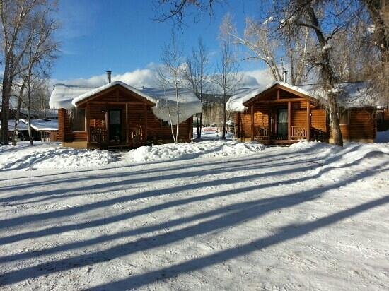 High Country Lodge: Cabins