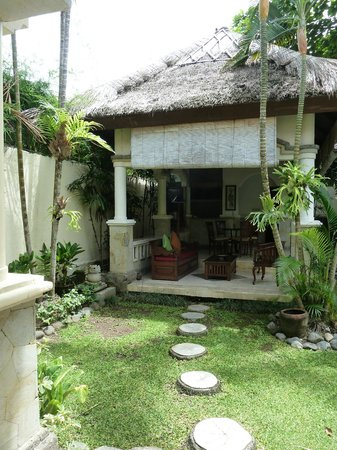 The Seminyak Village : Private 2 b/room pool villa