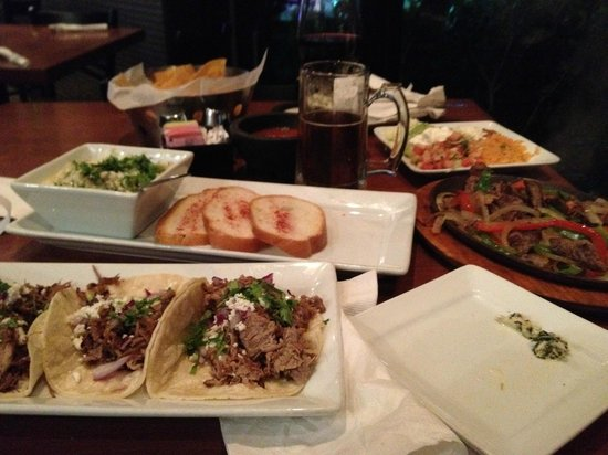 La Fiesta Authentic Mexican Restaurant: Fresh and flavorful
