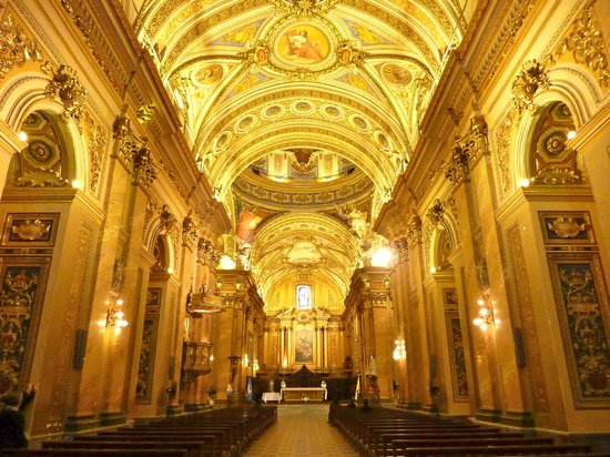 Catedral: inside cathedral-wow!