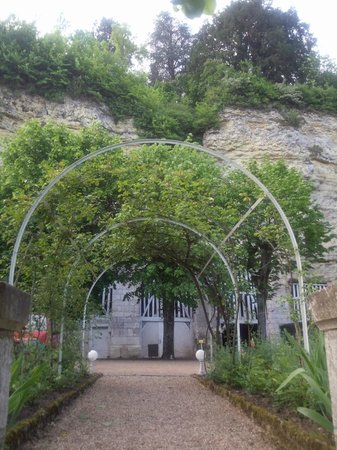 Le Choiseul: garden